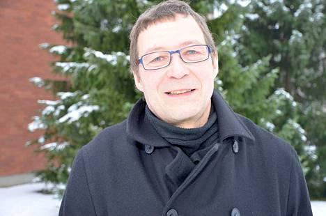 Kankaanpään seurakunnan talouspäällikkö Keijo Haavisto toteaa, että kaupungissa olevia vapaita tai vapautumassa olevia tiloja on käyty läpi.