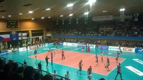 VaLePa kohtasi Tsekissä Ceske Budojevicen joukkueen kotihallissa. Paikalla oli suuri joukko sastamalalaisia faneja.