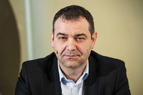 Atanas Aleksovski kiistää tilanneensa suunnitelman asuntonsa laajentamisesta.