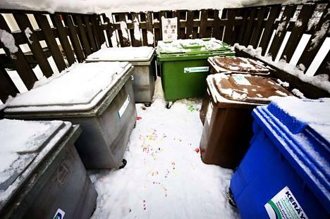 Monissa taloyhtiöissä lajitellaan jätteet huolellisesti.