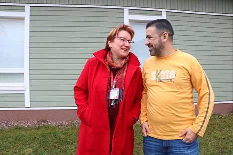 Firas Ghannam on saanut turvapaikan Kroatiasta, mutta halajaa edelleen Suomeen. Jälleennäkeminen Anne Lehtonen-Vinqvistin kanssa on lämmin.