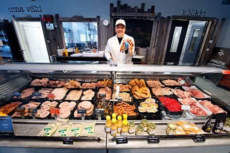 Mattila Brosin toimitusjohtaja Tero Sivula luotsaa perinteisestä lihanjalostajasta nyt myös hyönteiselintarvikkeiden valmistajaa.