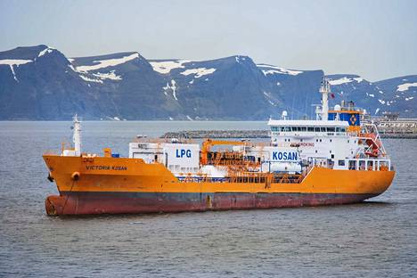 Victoria Kosan -tankkeria lastattiin nesteytetyllä maakaasulla Melkøyan kaasuterminaalissa vuonna 2011. Statoilin Johan Castberg -projekti sijoittuu kaksi kertaa Snøhvitiä kauemmas pohjoiseen Norjan rannikolta.