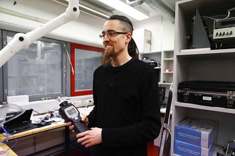 Philipp Müller uskoo, että hajujen avulla ihmiset voivat helpommin suunnistaa heille entuudestaan tuntemattomissa paikoissa.