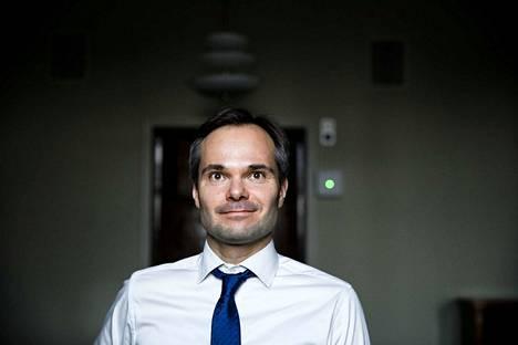 Ulkomaankauppa- ja kehitysministeri Kai Mykkäsen vastuulla on kokoomuksen työpolitiikka.