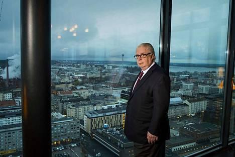 Kalervo Kummola ehdottaa, että jatkossa Pirkanmaa voisi olla yhtä isoa kuntaa. Perustehtävät hoidettaisiin edelleen kunnissa, jotka olisivat jatkossa kaupunginosia.