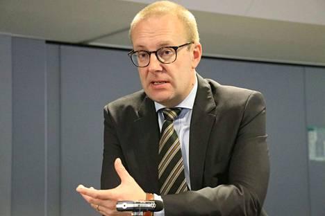 SAK:n puheenjohtaja Jarkko Eloranta sanoo, että työttömiä uhkaa jo nyt toistakymmentä erilaista turvaa leikkaavaa karenssia.