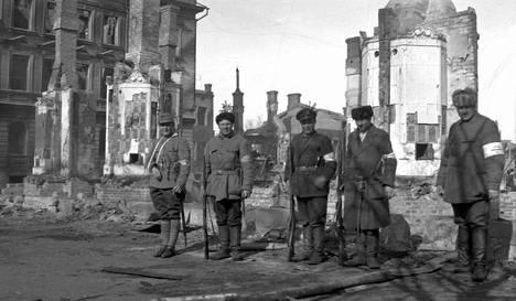 Suomen Sisällissodan Syyt
