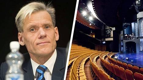 """Kansanedustaja Pauli Kiuru (kok.) antaa kaiken tukensa Tampereen Työväen Teatterille. """"Olen kulttuurin ystävä, vaikka en olekaan kulttuuripersoona. Haluan olla kulttuurin puolella kokonaisvaltaisesti."""", sanoo Kiuru."""