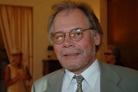 Lauri Törhönen tunnetaan elokuva-alalla useista elokuvistaan ja opetustyöstään.