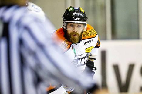 Suomessa Matt Nickerson on nähty viimeksi kaudella 2012-2013, kun hän edusti Mestiksessä pelannutta KooKoota.