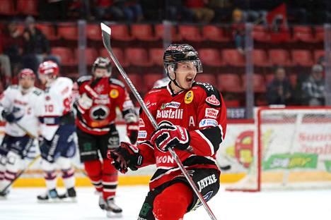 Jussi Makkonen tarvitsi hattutemppuun 13.17 minuuttia.