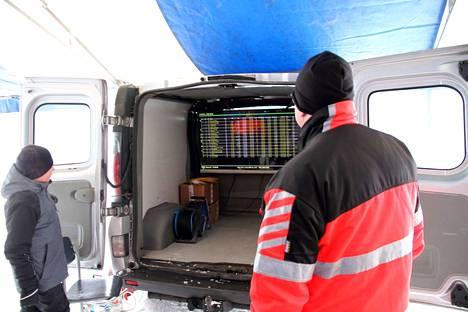 Kilpailun live-seuranta onnistui kahviossa olevan monitorin avulla.