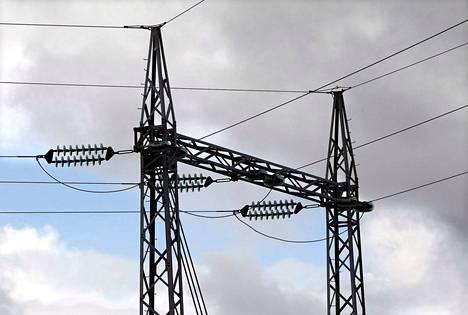 Kovat pakkaset nostavat sähkön kulutusta. Vuodelta 2016 oleva kulutusennätys tuskin silti rikkoutuu.