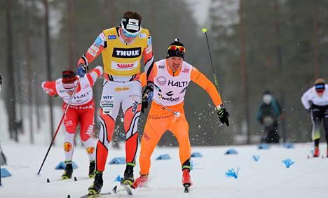 Jämin Jänteen Antti Ojansivu (oik.) selviytyi SM-sprintin finaaliin ja oli lopulta neljäs. Ari Luusua puski SM-kultaan.