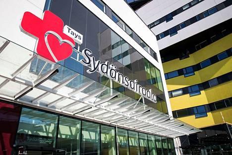 Tays Sydänsairaala on osakeyhtiö, jonka omistavat Pirkanmaan sairaanhoitopiiri ja Kanta-Hämeen sairaanhoitopiiri.