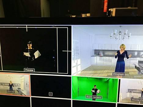 Katariina Havukainen esittää naista Paris, Texas -näytelmän kohtauksessa. Havukainen esiintyy oikeasti Nätyn Mustassa salissa Tampereella. Oikealla kuva siitä, miltä hän Miamissa näyttää.
