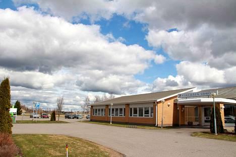 Kokemän Sähkö rakentaa toimitilojensa viereen Suokkaan teollisuusalueelle maakunnan toiseksi suurimman aurinkosähköpuiston.