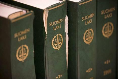 Korkein oikeus hylkäsi valituksen liittyen käräjäoikeuden ja hovioikeuden tapauksesta aiemmin antamiin tuomioihin. Kuvituskuva.