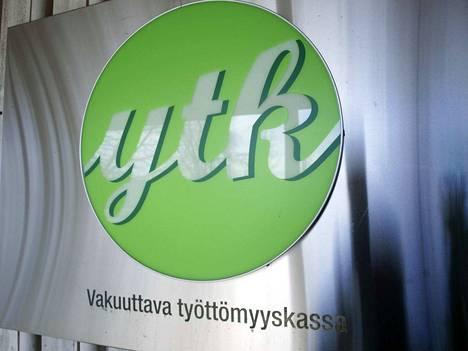 Suomen Yrittäjien toimitusjohtaja Mikael Pentikäinen aikoo itsekin liittyä Yleisen työttömyyskassan YTK:n jäseneksi.