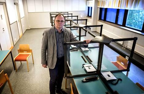 –Vaikka kuinka halutaan ajatella, että ihmiset pystyvät muuttumaan, joukossa on yksittäisiä henkilöitä joita ei saisi vapauttaa oikeastaan koskaan, sanoo psykiatrisen vankisairaalan Vantaan yksikön ylilääkäri Alo Jüriloo.