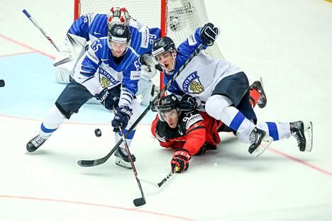 Hienosti taistellut Suomi ei antanut Kanadalle mahdollisuuksia lauantaina Herningissä.