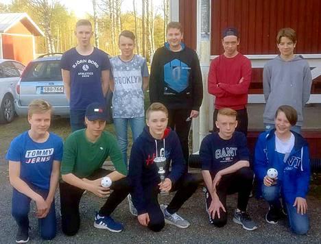 Päättäjäisissä tuli C2-joukkueelle Vuoden Joukkueen-palkinto sekä joukkueen valmentaja Ismo Tuovilalle vuoden toimihenkilö-palkinto.