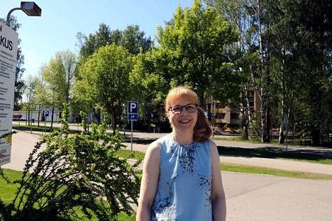 Pirjo-Riitta Tuomela on toisen kauden valtuutettu Harjavallassa. Hänet valittiin myös kaupunginhallituksen johtoon.