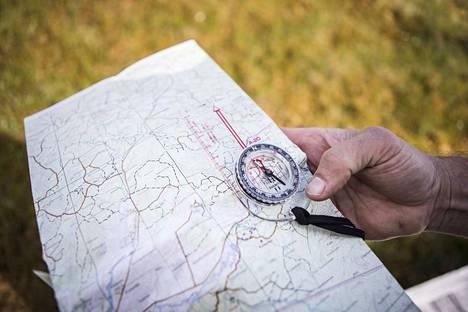 Kiusalan alueella liikkui lauantaina puolensataa suunnistajaa kartta ja kompassi kädessään.