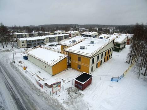 Kotilinnasäätiö maksaa Tampereen kaupungille riidan sopimiseksi 775 000 euroa. Tältä tontilla näytti tämän vuoden maaliskuussa.