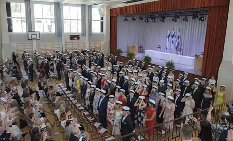 Porin suomalaisen yhteislyseon lukion uudet ylioppilaat.