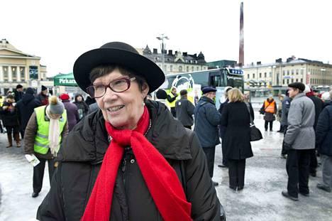 Kansanedustaja Sirkka-Liisa Anttila (kesk.) on pitkällä urallaan ollut vuosikausia perustuslakivaliokunnan jäsen. Tällä hetkellä hän ei kuulu perustuslakivaliokuntaan.
