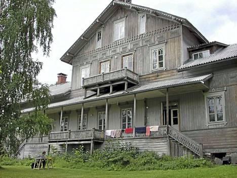 Längelmäen Tunkelon Isotalo on maamme suurimpia maalaistaloja, joka avautui tutkijoille 15 vuotta sitten. Isotaloon pääsee tutustumaan viikonvaihteessa.