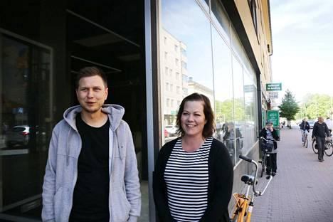 Jussi Lepistö ja Jenni Bergström rakentavat uusia tiloja ravintolalleen Pikku x:lle nyt Yrjönkadun toisessa päässä.