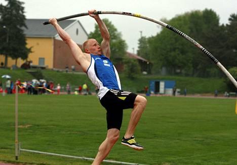 Olli Rannikko otti piirinmestaruuden seipäässä tuloksella 485.