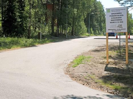 Rajakadun saneeraus on muuttanut liikennöintiä Rajakadulla ja Rauhankadulla.