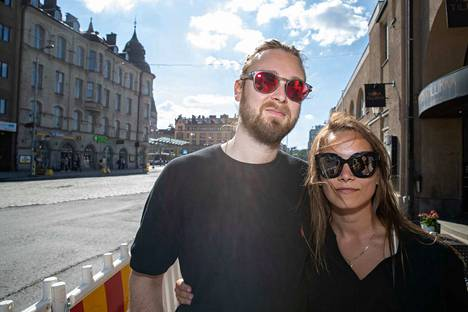 Ville Väisänen ja Piia Jokihaara viettävät paljon aikaa yhdessä kotona. He tapasivat neljä vuotta sitten Blockfesteillä.
