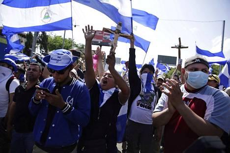 Nicaraguan mielenosoituksissa on loukkaantunut yli 2000, kansalaisjärjestöt sanovat.