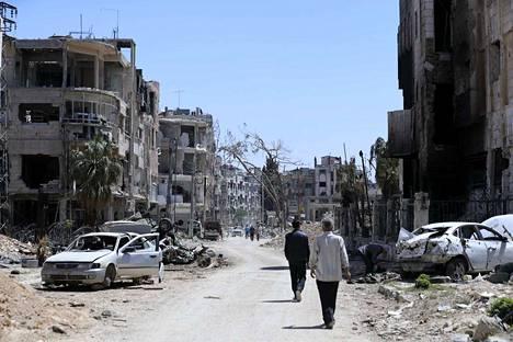 Neuvotteluissa on aiemmin tällä viikolla keskusteltu muun muassa infrastruktuurin korjaamisesta. Arkistokuva tuhoutuneesta Douman kaupungista pääkaupunki Damaskoksen lähellä.