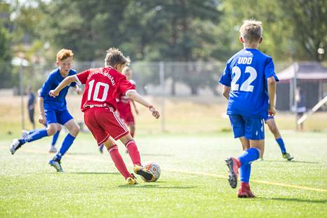 Eliten pronssiottelussa FC Jazz voitti JäPS:n lukemin 2–0. 1–0-maalin teki Eeli Leivo-Jokimäki (10).