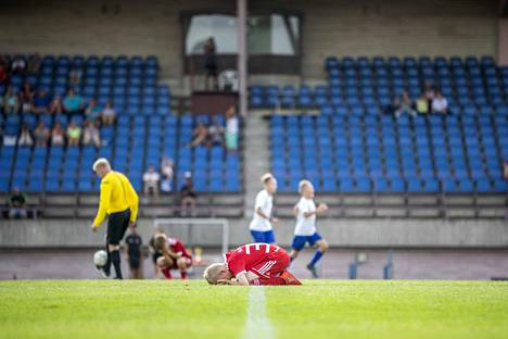 Häviö otti koville. JäPS voitti FC Jazzin lukemin 3–0 kilpasarjan finaalissa.