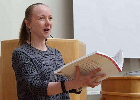Kuorevesiläinen sopraano, filosofian maisteri Maria Svan