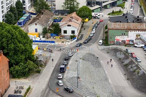 Tavara-aseman siirto on ensisijaisesti liikennehanke, kirjoittaa Tampereen apulaispormestari Aleksi Jäntti (kok.). Tältä alueen ympäristö näytti kesäkuussa 2018.