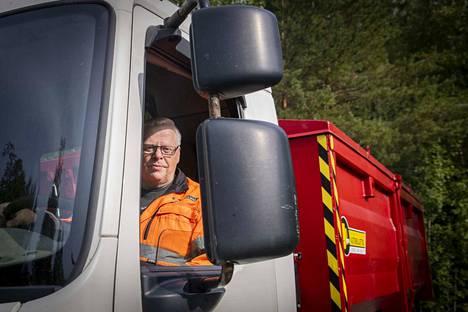 Kuljetusyrittäjä Jarmo Kivistö on hoitanut kuljetuksia Pirkanmaalla lähes 30 vuotta.