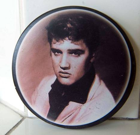 Elvis Presley teki vuonna 1968 onnistuneen paluun suuren yleisön tietoisuuteen Comeback-show'lla, joka esitettiin televisiokanava NBC:llä.