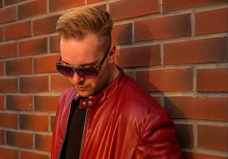 """Nokialaisräppäri Henry """"Henriguez"""" Hohenthal solmi kesällä levytyssopimuksen KHY Suomen Musiikin kanssa."""