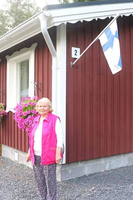 Rauhaisa kotikylä kutsuu usein Tellervo Harlinia Kasalaan.