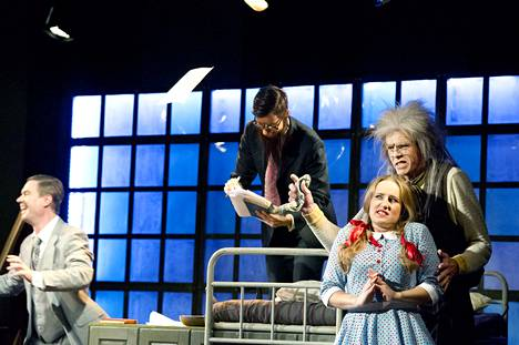 Porin Oopperayhdistys toimi Porissa vuodesta 1976 saakka viime kevään konkurssiin asti. Kuva on vuodelta 2013 Don Pasquale -oopperasta.