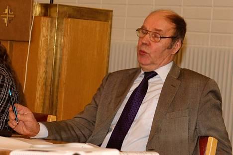 Kokemäen kirkkovaltuuston puheenjohtaja Hannu Heikola sai neljä vuotta sitten 190 ääntä. Nyt hän on ehdolla Yhteisellä tiellä -listalla, jolla on 19 ehdokasta.