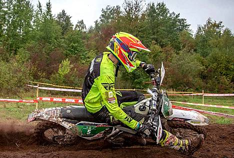 Peetu Juupaluoma kurvasi Puolan EM-osakilpailussa toiselle sijalle, mikä nosti hänet U21-luokan EM-sarjassa neljänneksi.